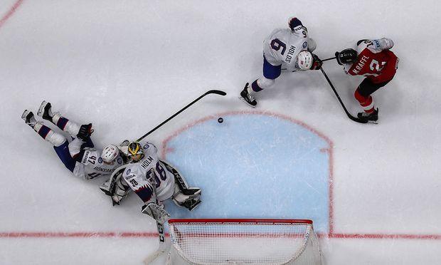 Ice Hockey World Championships - Group B - Austria v Norway