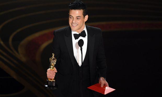 Rami Malek mit seinem Oscar.