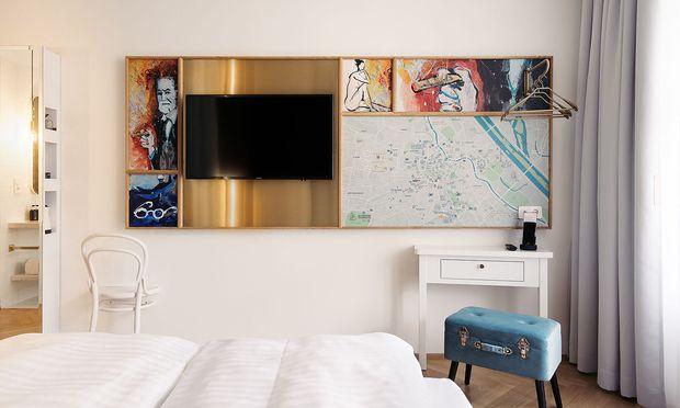 Bei der Gestaltung der Innenräume bezieht man sich unter anderem auf Sigmund Freud.