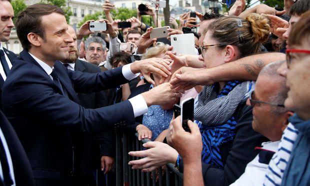 Emmanuel Macron, der junge Neo-Präsident Frankreichs, kann im Moment scheinbar nichts falsch machen.