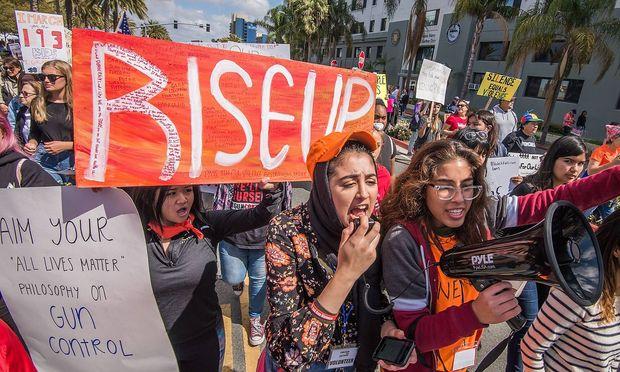 USAStreiks an High Schools wegen Waffengewalt