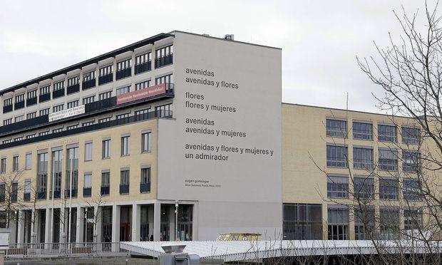 Gomringer-Gedicht wird am Brandenburger Tor zu sehen sein