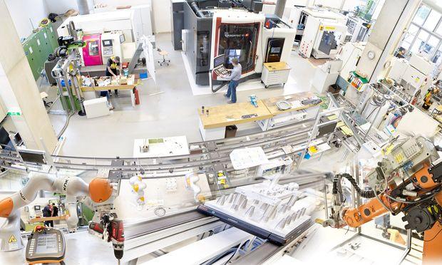 Das neu eröffnete Robotiklabor an der FH OÖ.