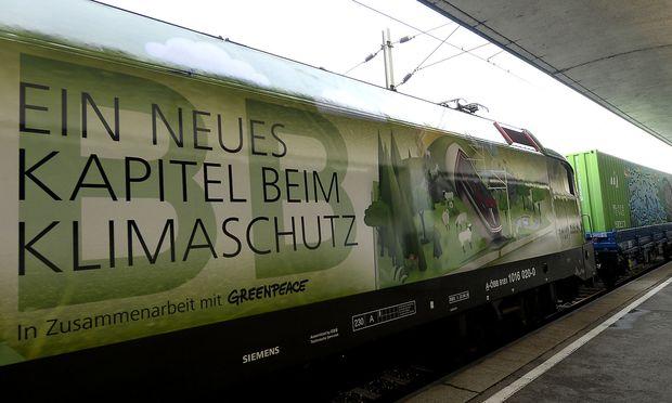 """""""Noah's Train"""" am Westbahnhof"""