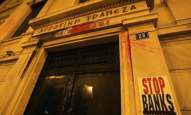 Das Vertrauen der griechischen Sparer in die heimischen Banken geht dramatisch zurück