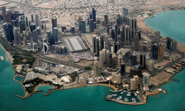 Ein Luftbild aus dem Archiv zeigt das Diplomatenviertel in Doha.