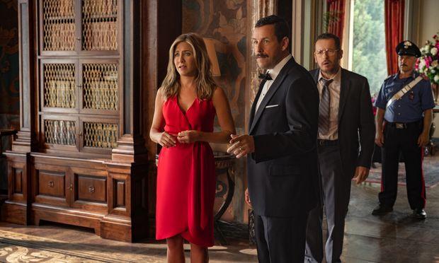 Jennifer Aniston als Audrey Spitz und Adam Sandler als Nick Spitz.