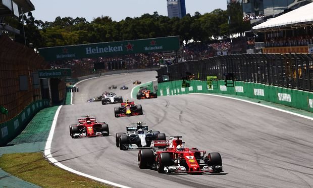Interlagos Sao Paulo Brazil Sunday 12 November 2017 Sebastian Vettel Ferrari SF70H leads Valt