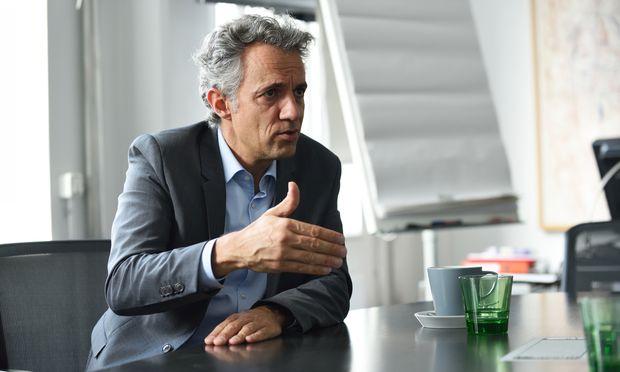 """""""Die Intelligenz der Maschinen wird überschätzt"""", sagt Bertelsmann-Vorstand Jörg Dräger."""
