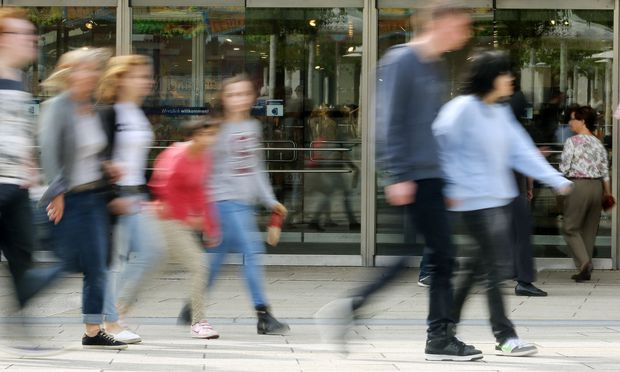 Karstadt-Mutterkonzern Signa baut Online-Geschäft weiter aus