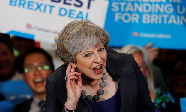 Die britische Premierministerin Theresa May legte bisher einen bemerkenswert miserablen Wahlkampf hin.