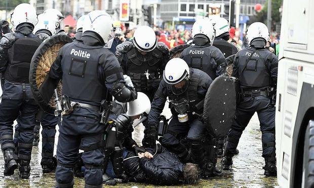BELGIUM-STRIKE-POLITICS-DEMO