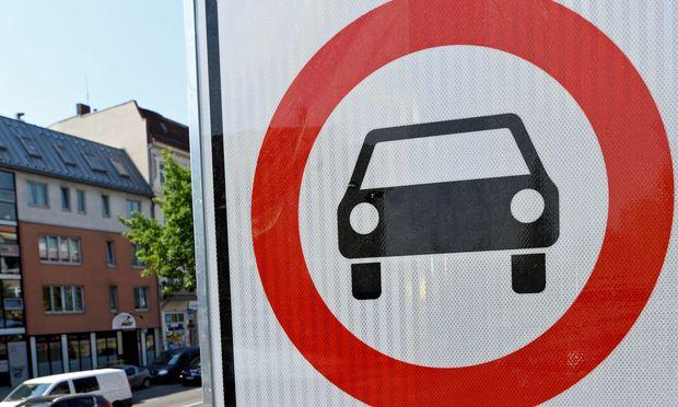 Sind auch in Österreich Fahrverbote für ältere Dieselfahrzeuge nötig, um die Belastung mit gesundheitsschädlichem Stickstoffdioxid zu verringern?