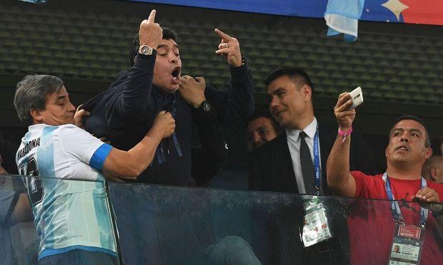 Maradona, kaum zu bändigen.
