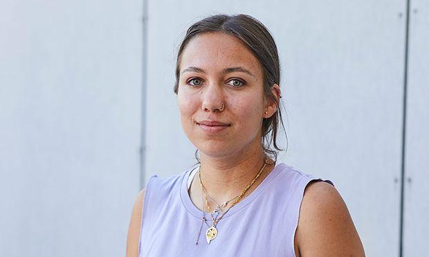 """Für Ronja Othmann ist das Studium """"das Beste, was mir passieren konnte""""."""