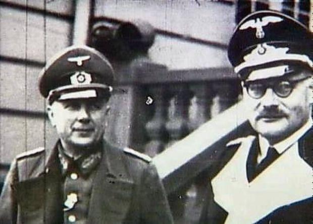 General Himer (li.) in Kopenhagen, rechts: Cécil von Renthe-Fink, Gesandter bzw. Reichsbevollmächtigter in Dänemark