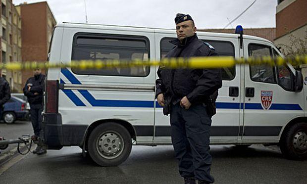 Toulouse Polizei sucht Absender