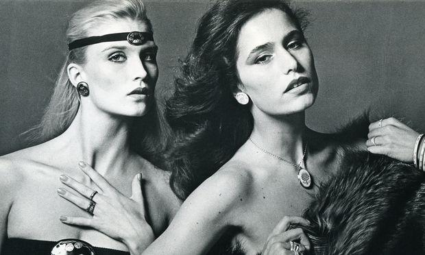 Zeitreise. Einst zählten große Pariser Modehäuser zu den Auftraggebern.