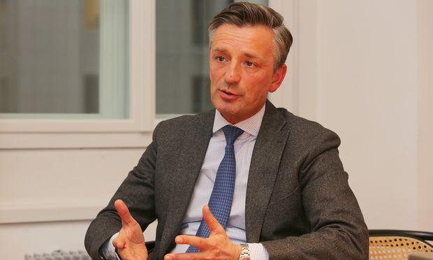 """Bankhaus Spängler Vorstandssprecher Werner G. Zenz: """"Wir haben gemerkt, Unternehmer würden am liebsten ihr Geld ins eigene Unternehmen investieren oder in familiengeführte Unternehmen."""""""