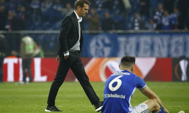 Schalke coach Markus Weinzierl looks dejected after the match
