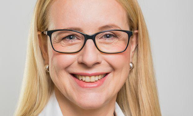 Margarete Schramböck, Bundesministerin für Digitalisierung und Wirtschaftsstandort.  / Bild: (c) Christian Lendl
