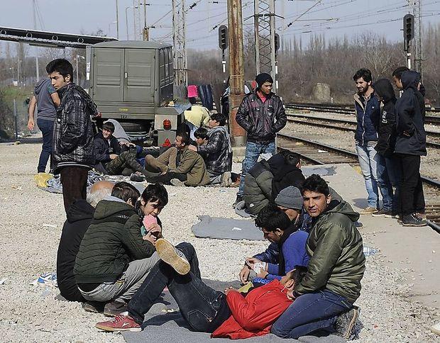 Junge Afghanen in Mazedonien