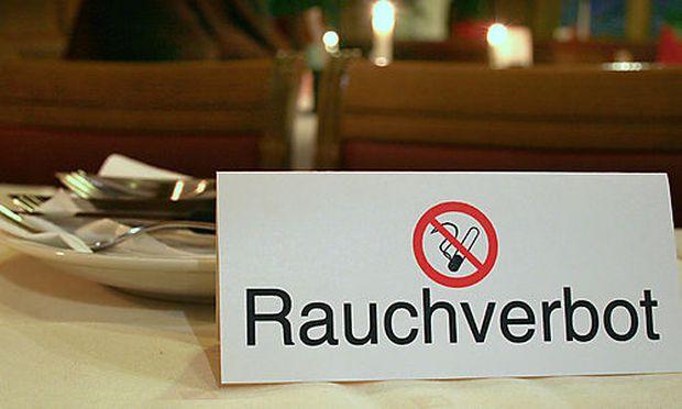 Rauchverbot - ban of smoking