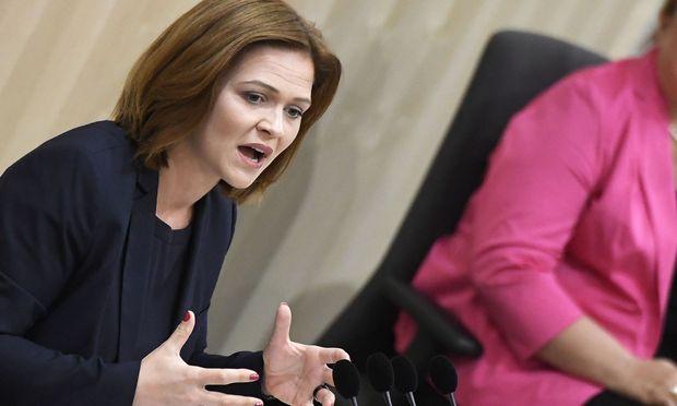 Jetzt-Abgeordnete Daniela Holzinger-Vogtenhuber
