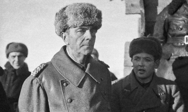 Friedrich Paulus nach seiner Festnahme in Stalingrad