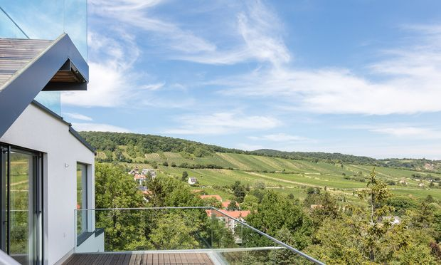 "Penthouse im Grünen: ""Vineyard-Residences-Vienna"" in Neustift  am Walde."