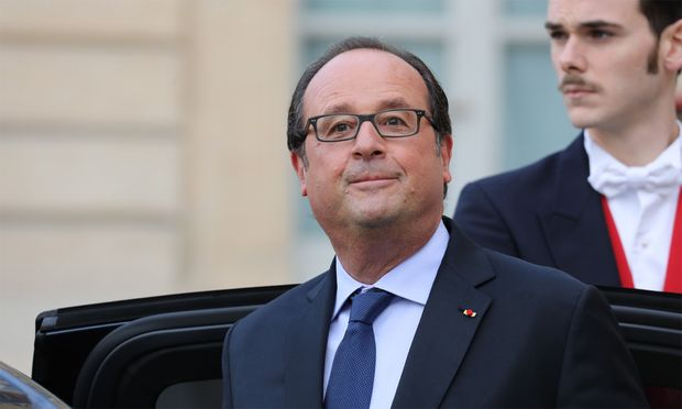"""Mit """"Friendly, François Hollande"""" unterschrieb der damalige franzäsische Präsident einst einen Brief an Barack Obama."""