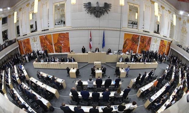 Der Nationalrat beim Misstrauensvotum gegen das Kabinett Kurz
