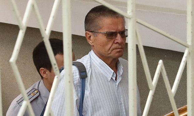 Erstmals ehemaliger russischer Minister vor Gericht