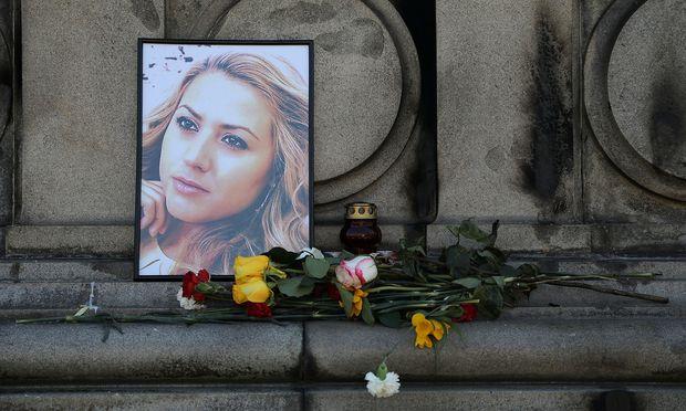 Gedenken an die Ermordete nahe des Tatorts in Russe an der Donau