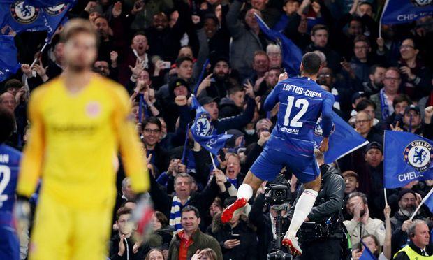 Stamford Bridge im Freudentaumel: Chelsea verabschiedet Eintracht Frankfurt im Elferschießen aus der Europa League, im Finale wartet nun der Stadtrivale.