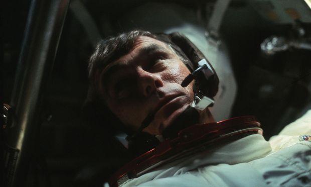 """Gene Cernan war im Dezember 1972 Kommandant der Raumfähre """"Apollo 17""""."""