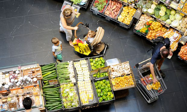 Supermarktketten sollen bei Eigenmarken von ihren Produzenten nur noch gesetzliche Mindeststandards verlangen dürfen.