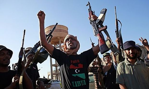 Tripolis: Nato unterstützt Vormarsch der Rebellen