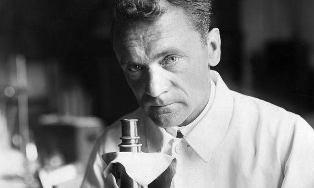 Ein Leben für die Bienenforschung: Nobelpreisträger Karl von Frisch. / Bild: (c) ullstein bild / Ullstein Bild / (ullstein bild)