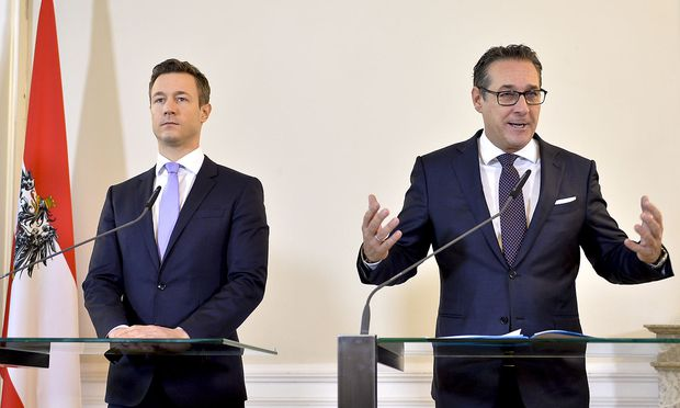 Angriff gegen Rot-Grün: Minister Gernot Blümel und Vizekanzler Heinz-Christian Strache.