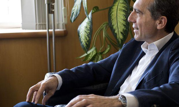 """Christian Kern will sich beim SPÖ-Parteitag im Herbst der Wiederwahl stellen: """"Einen Politiker, der nicht den einen oder anderen Kritiker hat, den gibt es nicht."""""""