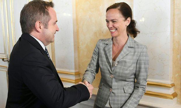 Gespräche zur Schulautonomie zwischen Paul Kimberger und Ministerin Sonja Hammerschmid (SPÖ)