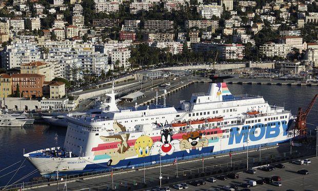 F�hrschiff Moby Zaza der Reederei Moby Lines im Hafen Port Lympia Korsikaf�hre Nice Nizza Departe