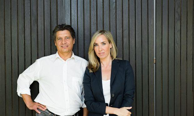 """Nadja Bernhard und Hans Bürger führen heuer die """"Sommergespräche"""": Zur Premiere stellt sich Peter Pilz am 13. 8. ihren Fragen (Montag, 21.05 Uhr, ORF2)."""