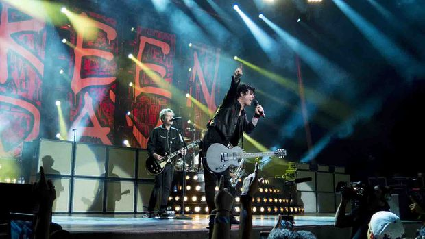 Billie Joe Armstrong, Säner von Green Day, 2017.