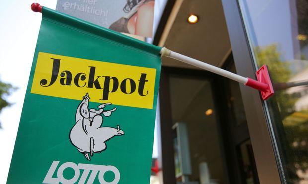 Lotto-Sechsfach-Jackpot wird am Heiligen Abend ausgespielt