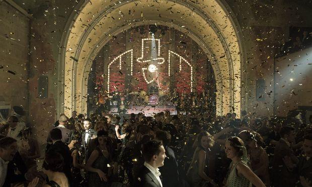 """Das Berlin der späten 1920er ist die Bühne von """"Babylon Berlin"""", hier im Bild: der legendäre Tanzsaal im Moka Efti."""