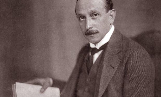 Felix Salten galt als feuilletonistischer Vielschreiber: von der pornografischen Lebensgeschichte bis zu Theaterkritiken, Kinderbüchern, Reiseberichten, Erzählungen und Theaterstücken.