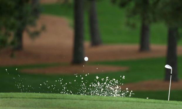 """Ein unvorhersehbarer """"Jahrhundertfehlschlag"""" habe das Unglück ausgelöst, meinte der Golfer."""