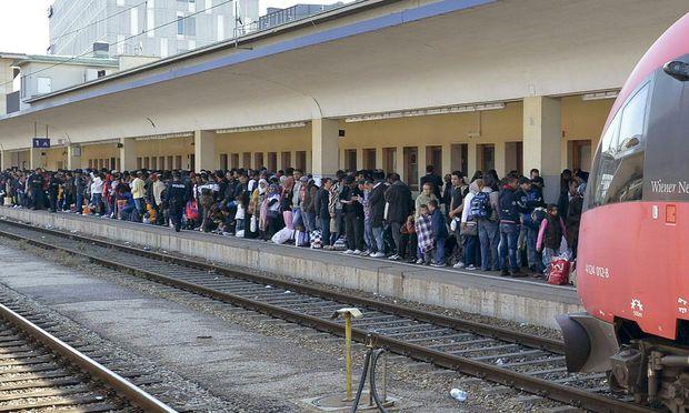 Flüchtlingsankunft am Wiener Westbahnhof.